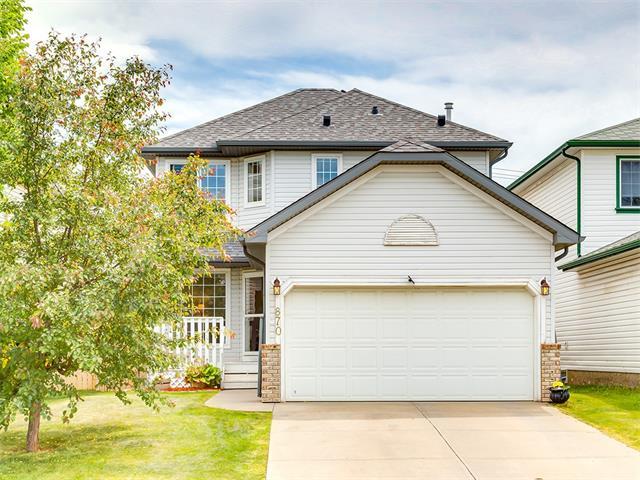 870 HARVEST HILLS Drive NE, Calgary, AB T3K 4R4
