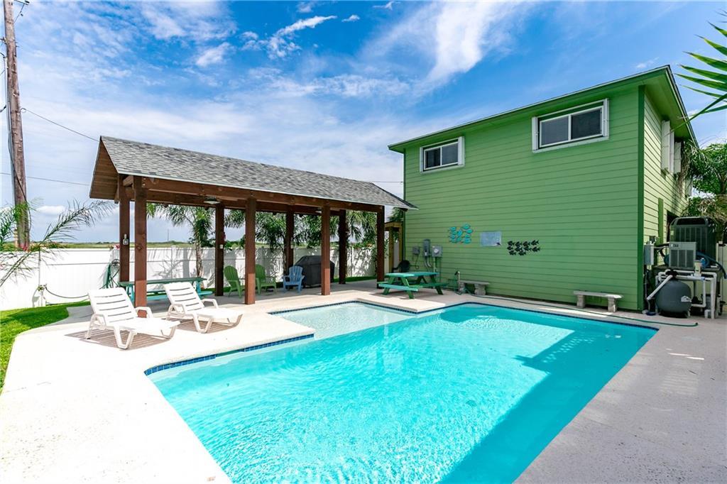 661 Pelican, Port Aransas, TX 78373