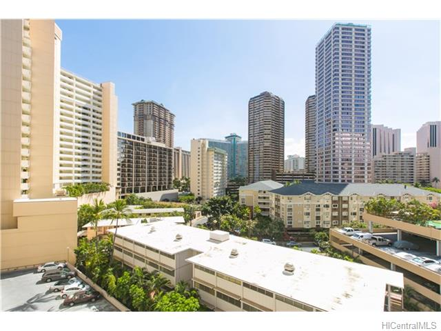 425 Ena Road 801C, Honolulu, HI 96815