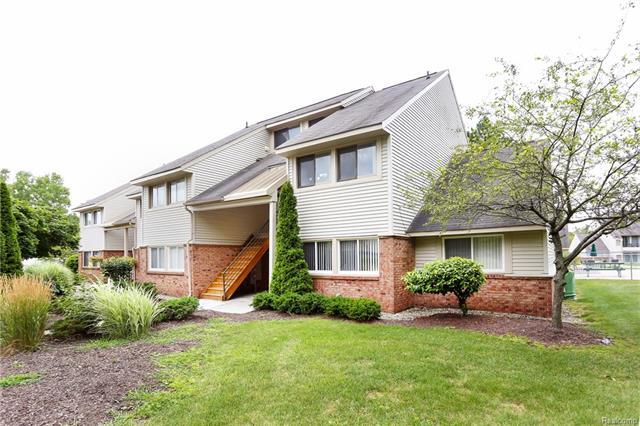 2608 DAVISON AVE UNIT 209 Avenue, Auburn Hills, MI 48326