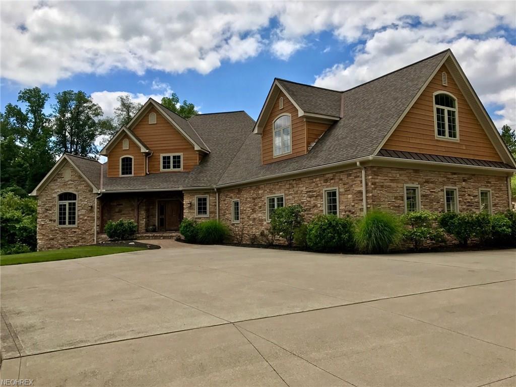 12430 Falcon Ridge Rd, Chesterland, OH 44026