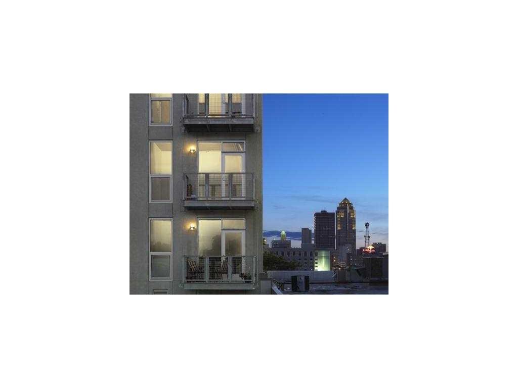 309 E 5th Street 302, Des Moines, IA 50309