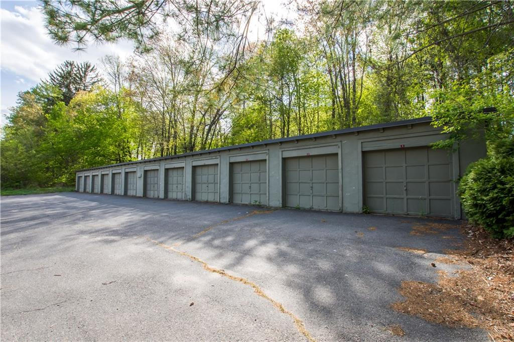49 Old Farms Road, Avon, CT 06001