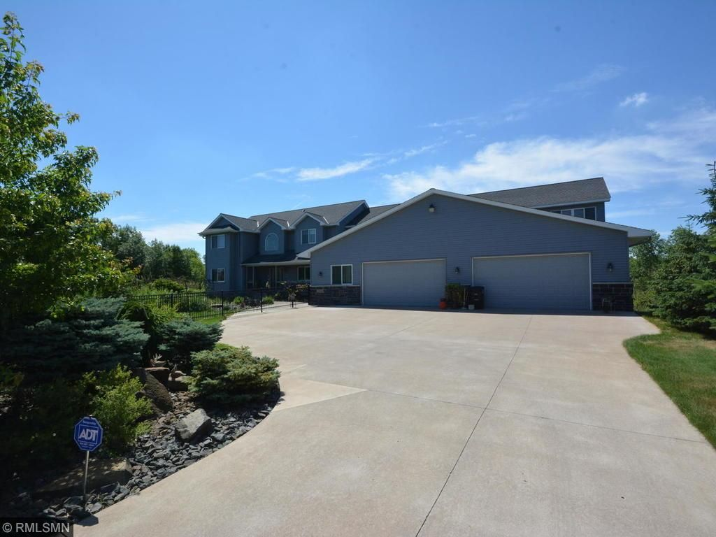 22840 Imperial Avenue N, Forest Lake, MN 55025