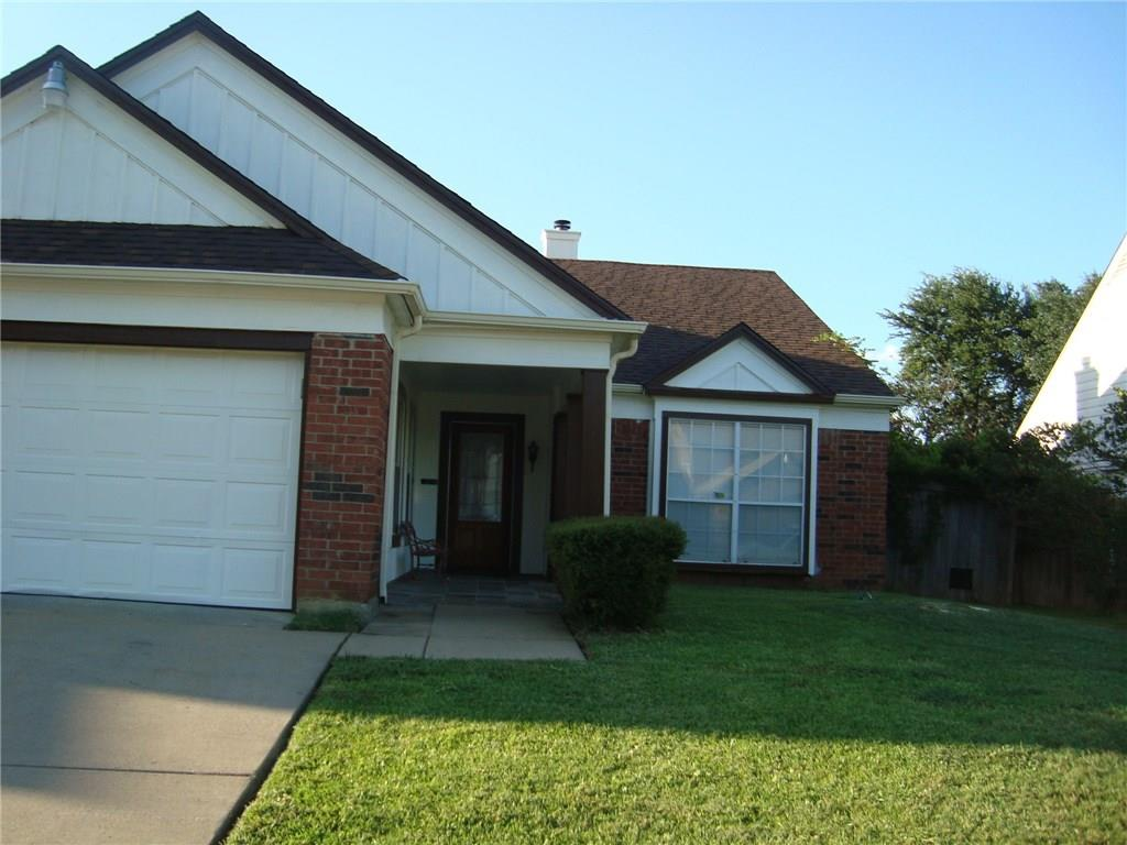 2504 Creekwood Lane, Fort Worth, TX 76123
