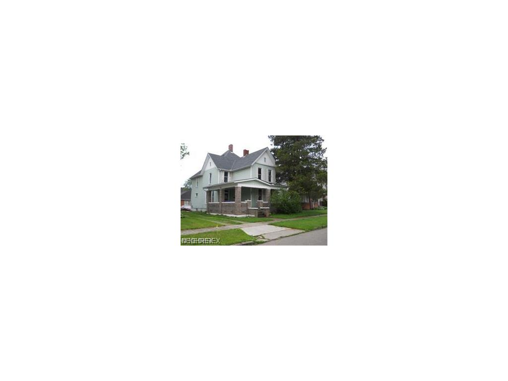 941 E Main St, Coshocton, OH 43812