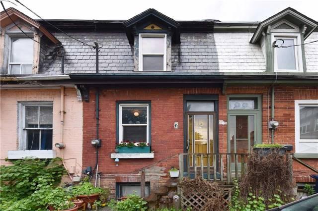6 Ashby Pl, Toronto, ON M5A 3E3