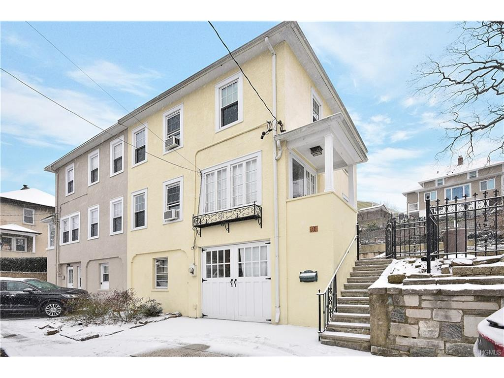 12 Franklin Street, Eastchester, NY 10709