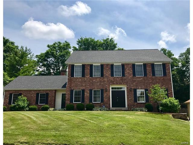 14272 Cedar Springs Drive, Town and Country, MO 63017
