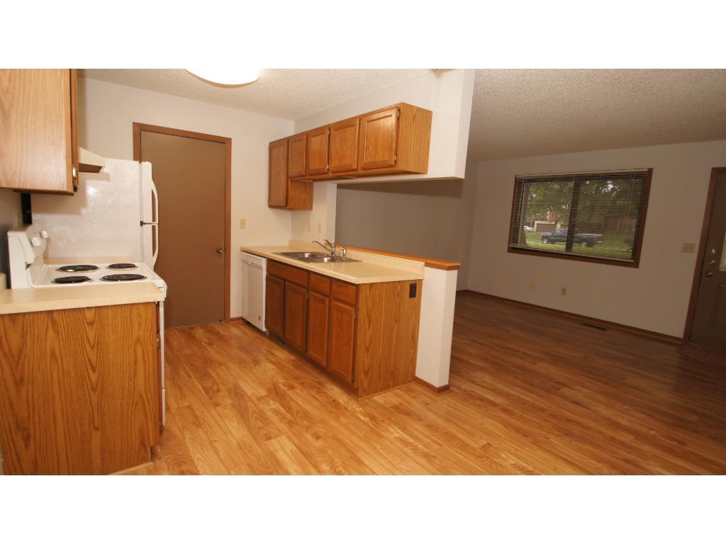 5665 Brandlwood Court 79, White Bear Twp, MN 55110