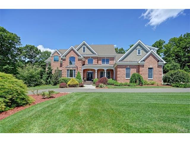 6 Clydesdale Court, Monroe, CT 06468