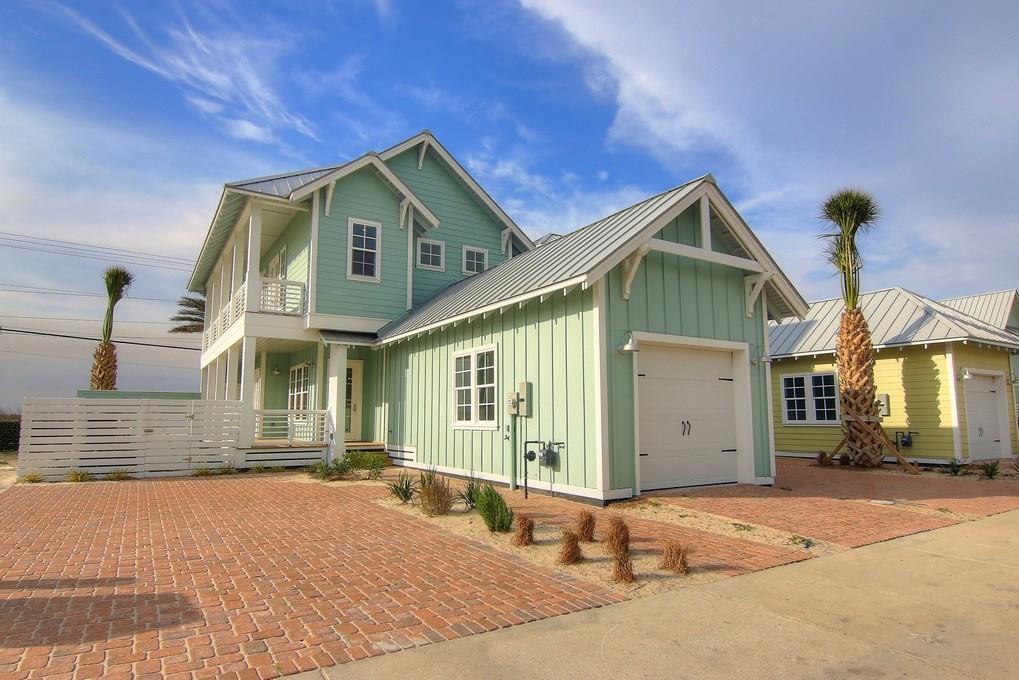 115 Fish Hook Lane, Port Aransas, TX 78373