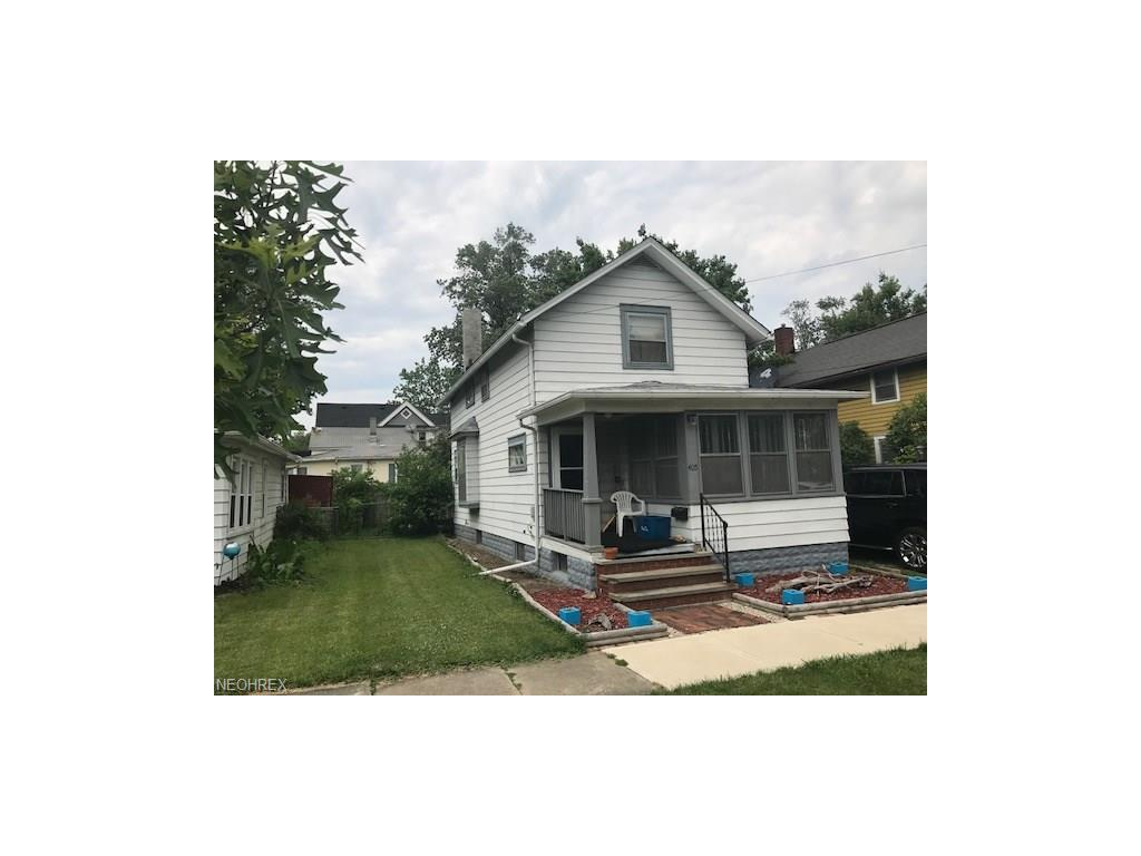 405 3rd St, Fairport Harbor, OH 44077