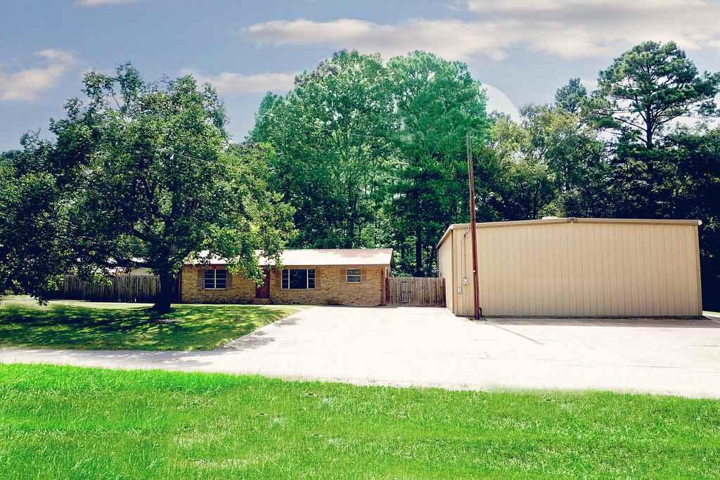 194 Margaret Street, Center, TX 75935