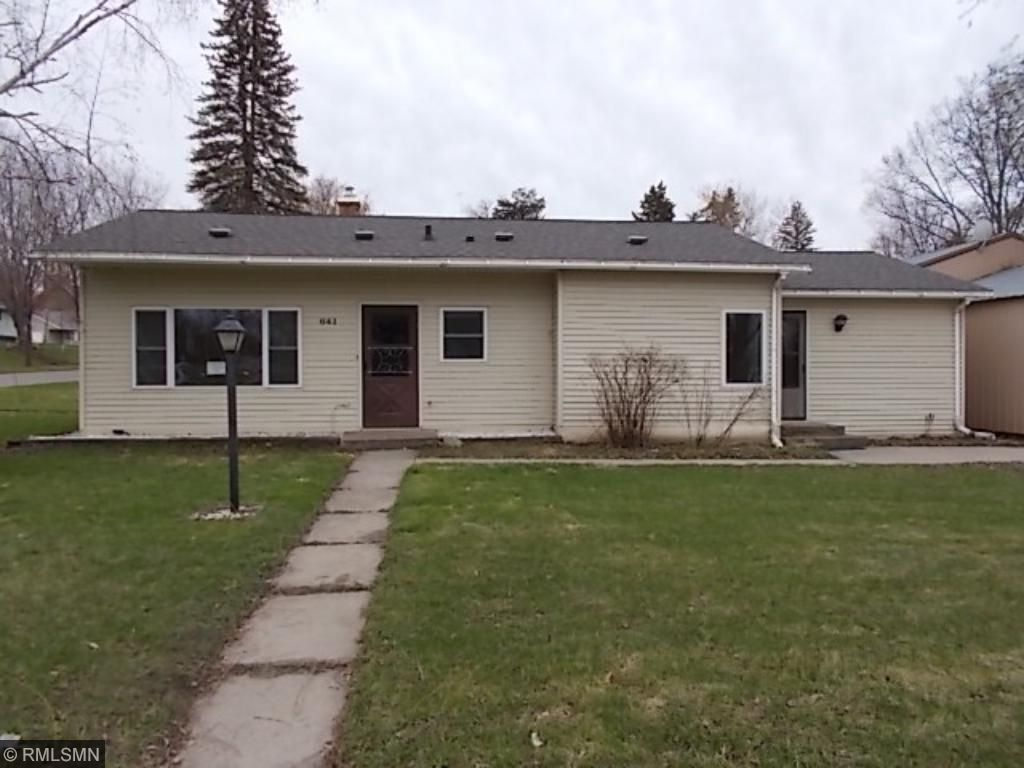 641 2nd Street, Holdingford, MN 56340
