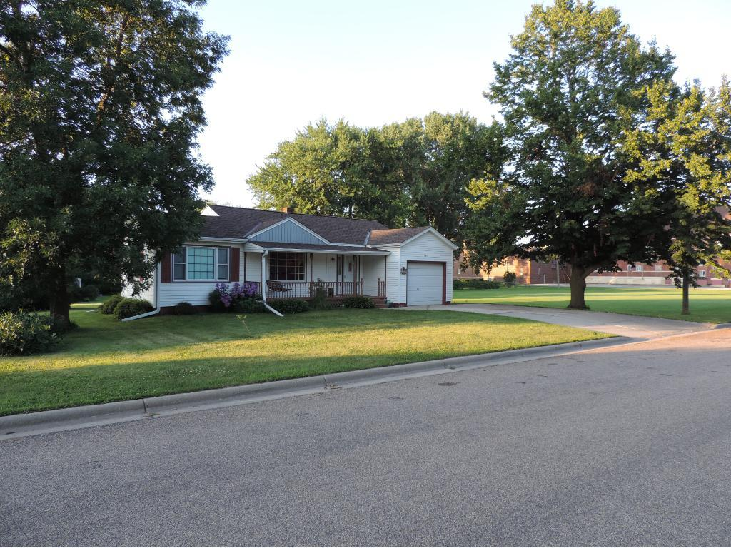 408 South Street, West Concord, MN 55985