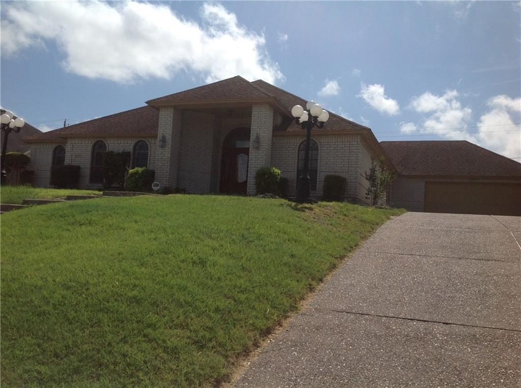 3809 Castle Ridge Dr., Corpus Christi, TX 78410