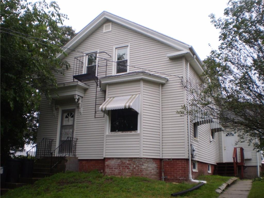 28 Metcalf AV, North Providence, RI 02911