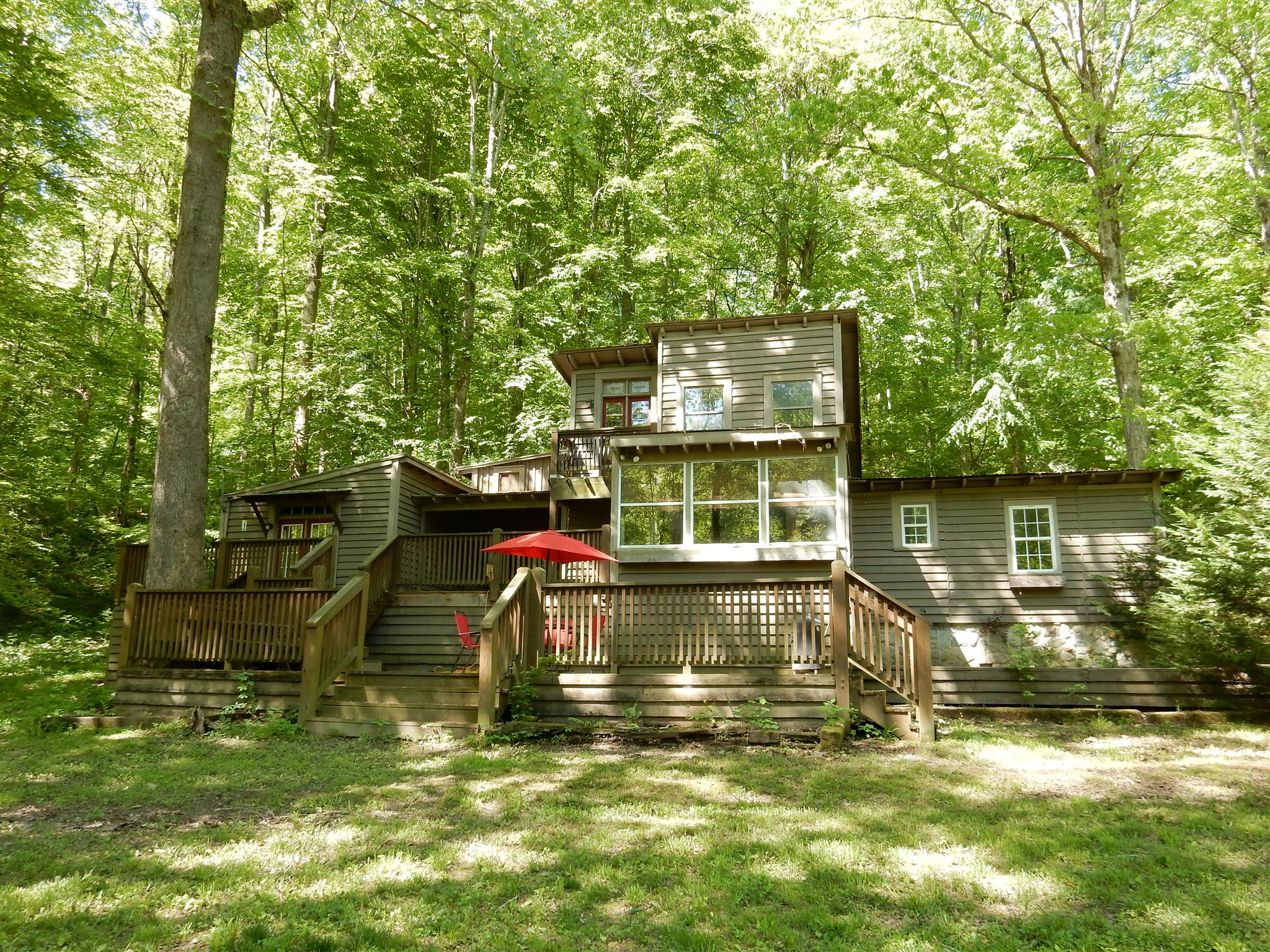 7389 Hunting Camp Rd, Fairview, TN 37062