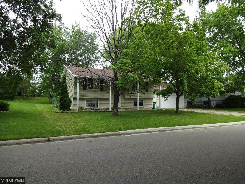 1219 Swanhill Drive, Albert Lea, MN 56007