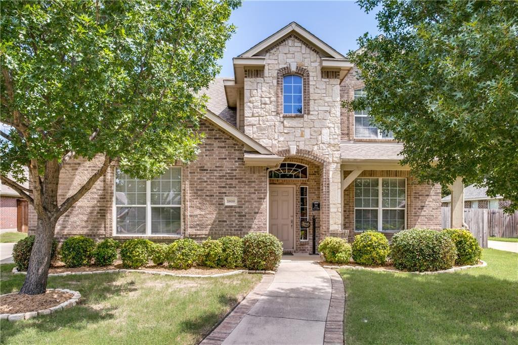 3809 Park Wood Drive, Corinth, TX 76208