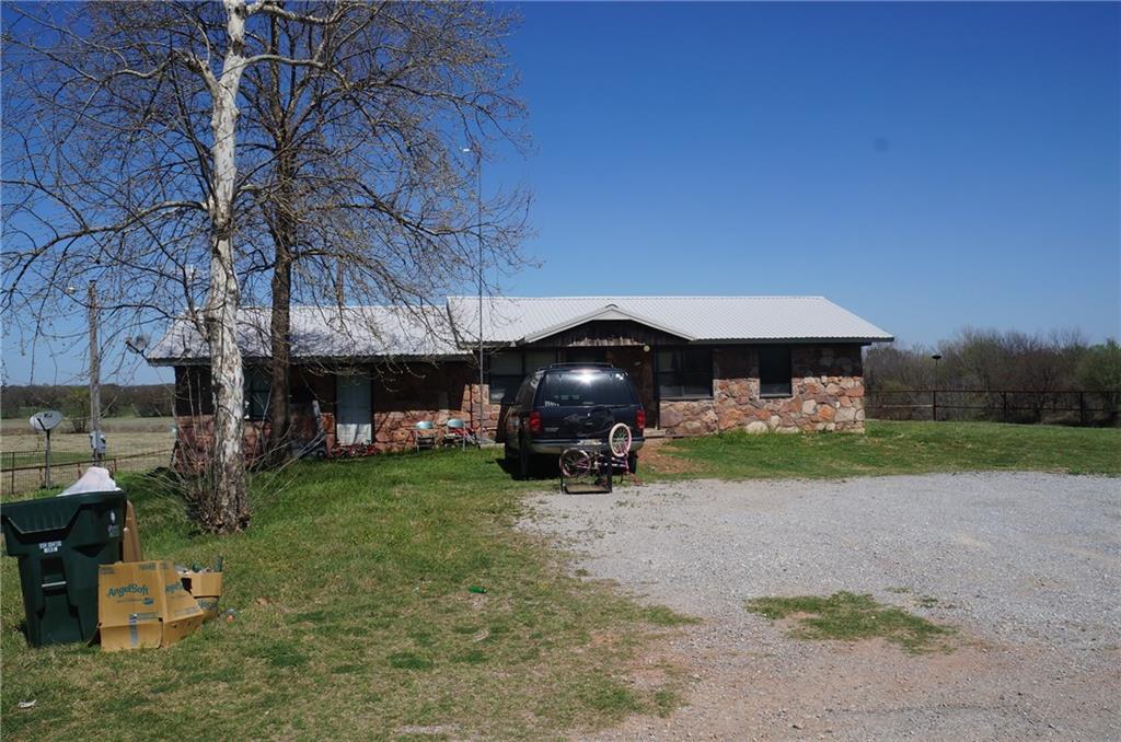 15977 E County Road 1580, Lindsay, OK 73433