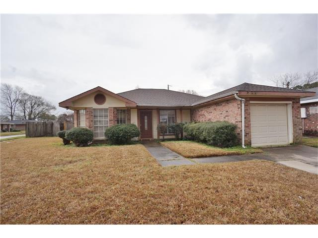 Cute 3 bedroom, 2 bath home on large corner lot with possible rear yard access. Eat in kitchen with bay window open to den with corner stone fireplace and vaulted ceiling. Master bath has garden tub and separate dressing vanity. Large rear yard.