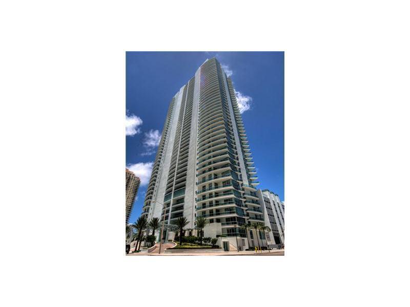 1331 BRICKELL BAY DR 1706, Miami, FL 33131