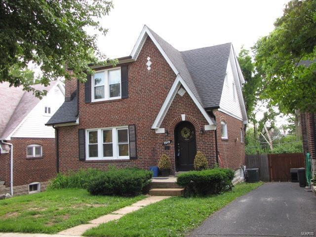 7748 Gissler Avenue, St Louis, MO 63117