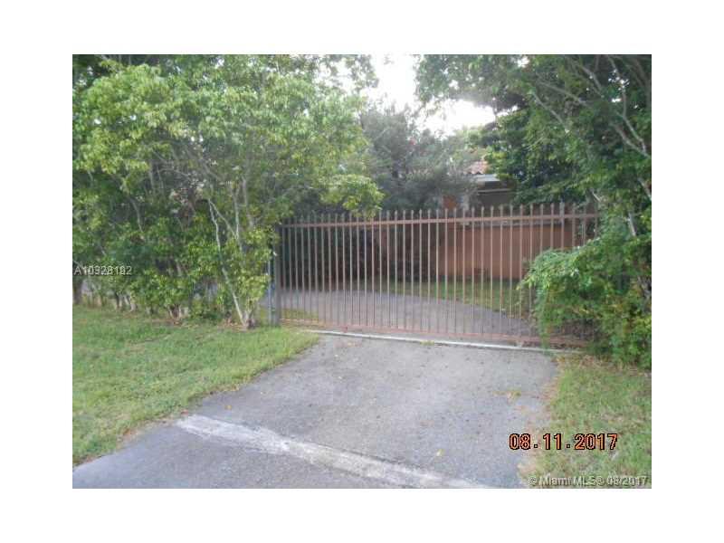 9495 SW 112th Ave, Miami, FL 33176