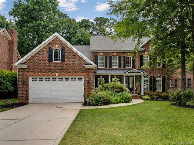 10112 Oak Pond Circle, Charlotte, NC 28277