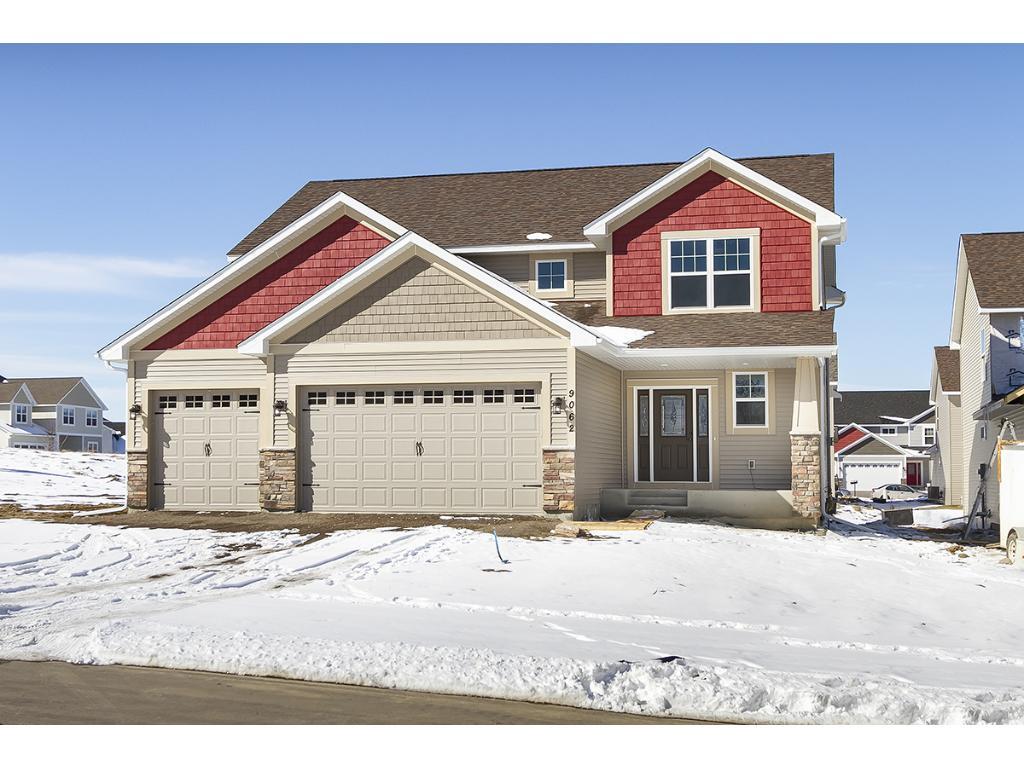 915 Ridgecrest Drive, Carver, MN 55315