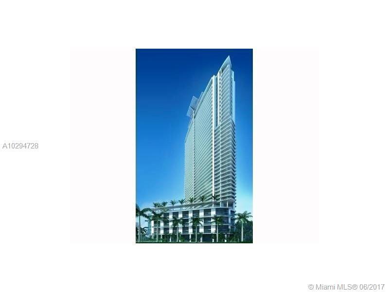 90 SW 3rd St TH307, Miami, FL 33130