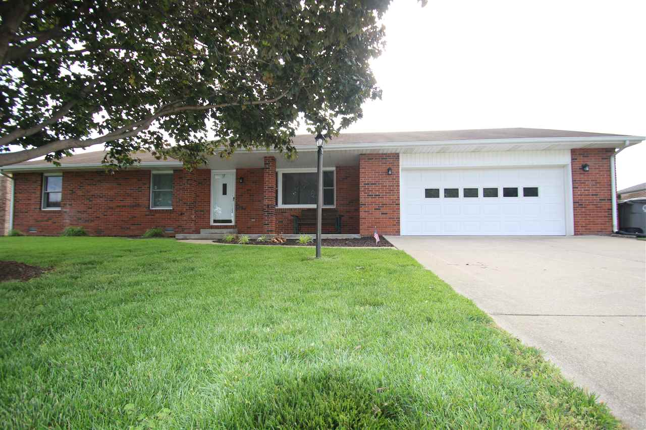 421 Persimmon Drive, Seymour, IN 47274