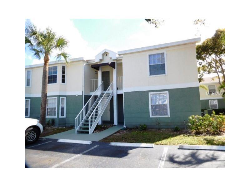 1322 WILDWOOD LAKES BOULEVARD 13-6, NAPLES, FL 34104