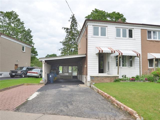 7 Rushley Dr, Toronto, ON M1P 3S6