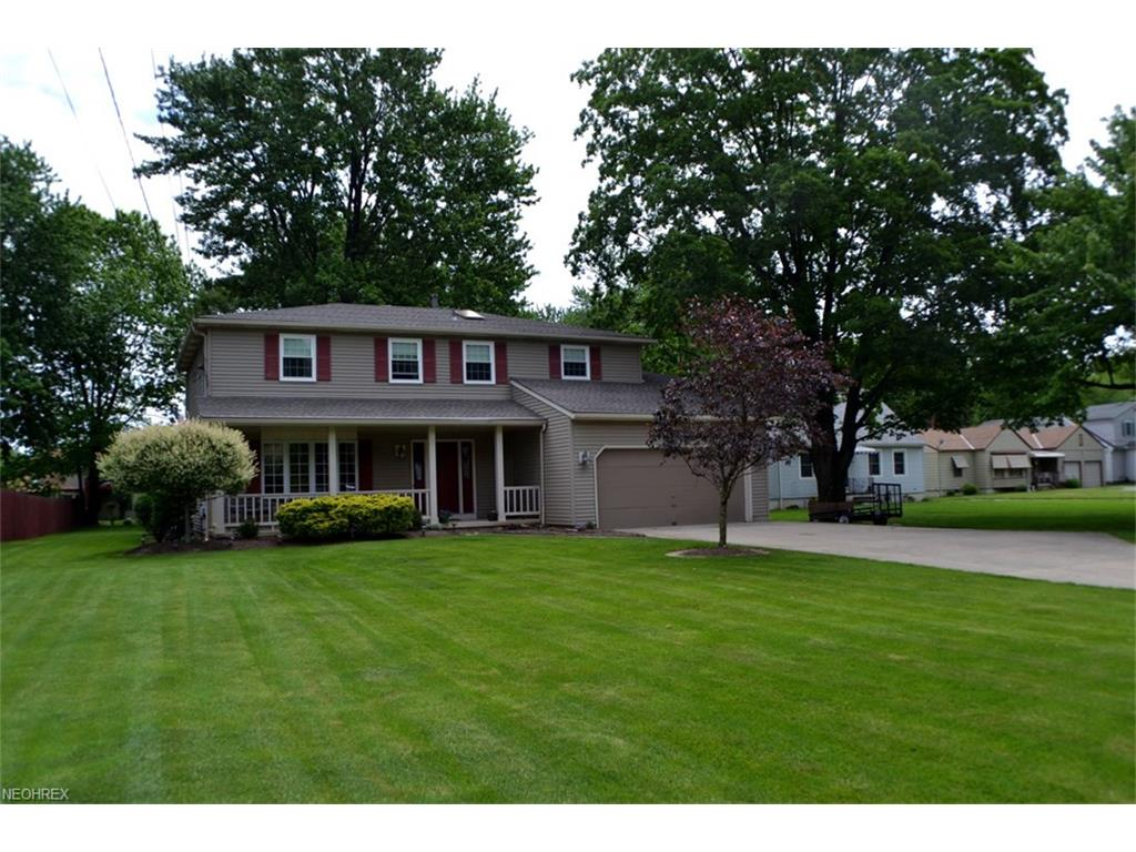 3695 Columbia Rd, North Olmsted, OH 44070