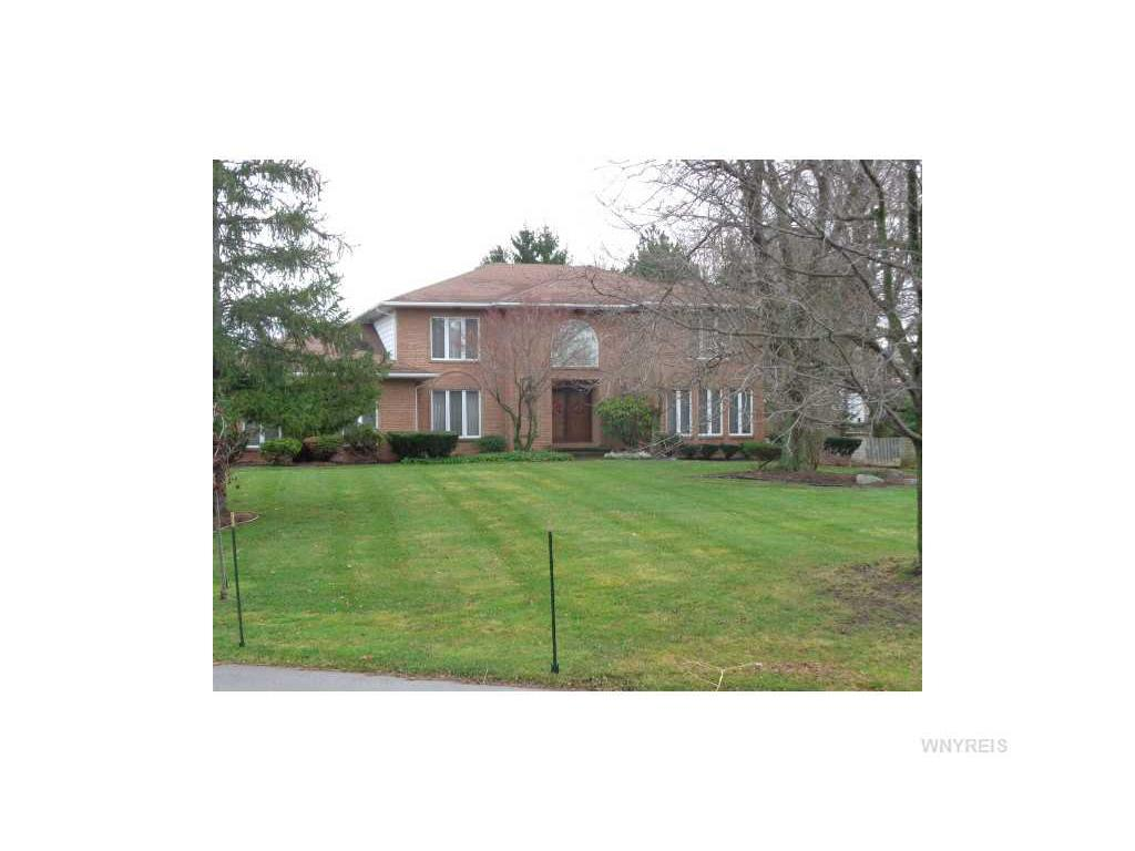 61 Waterford Park, Amherst, NY 14221