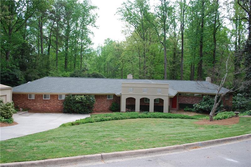 832 Glenwood Drive, Gainesville, GA 30501