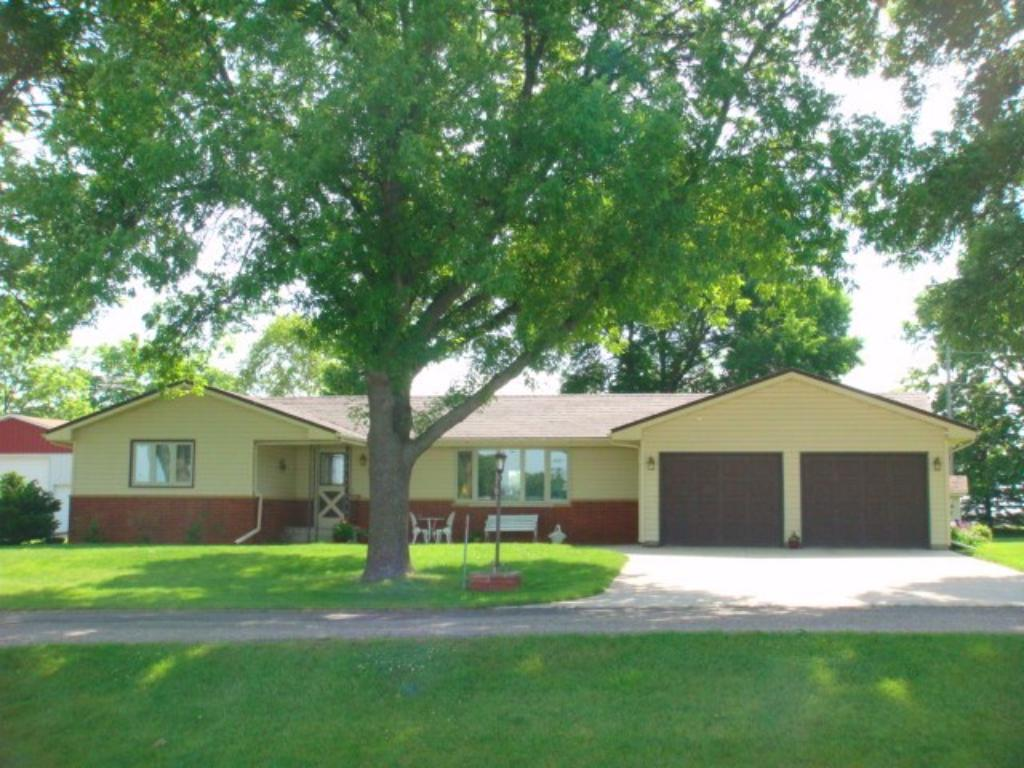 11262 Highway 15, Brownton, MN 55312