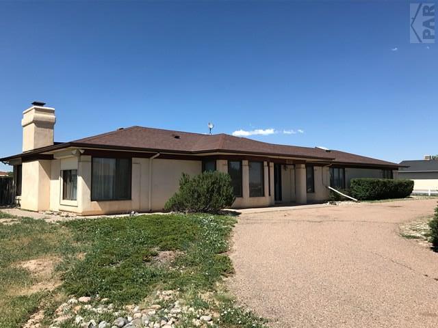 965 W Meadowmoor Dr, Pueblo West, CO 81007