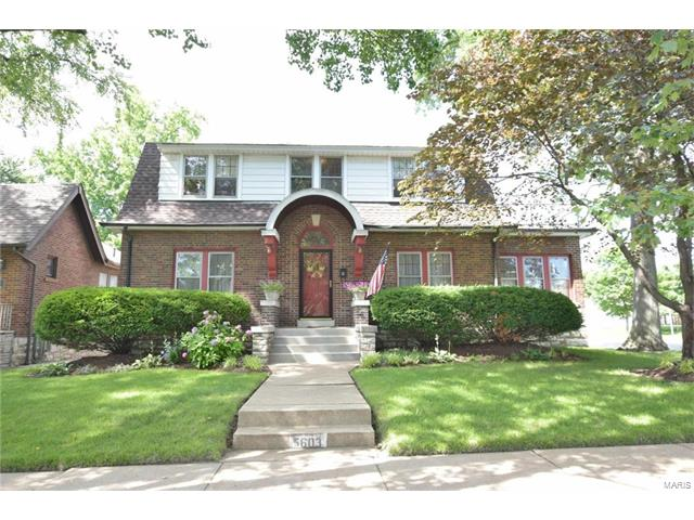 5603 Holly Hills Avenue, St Louis, MO 63109