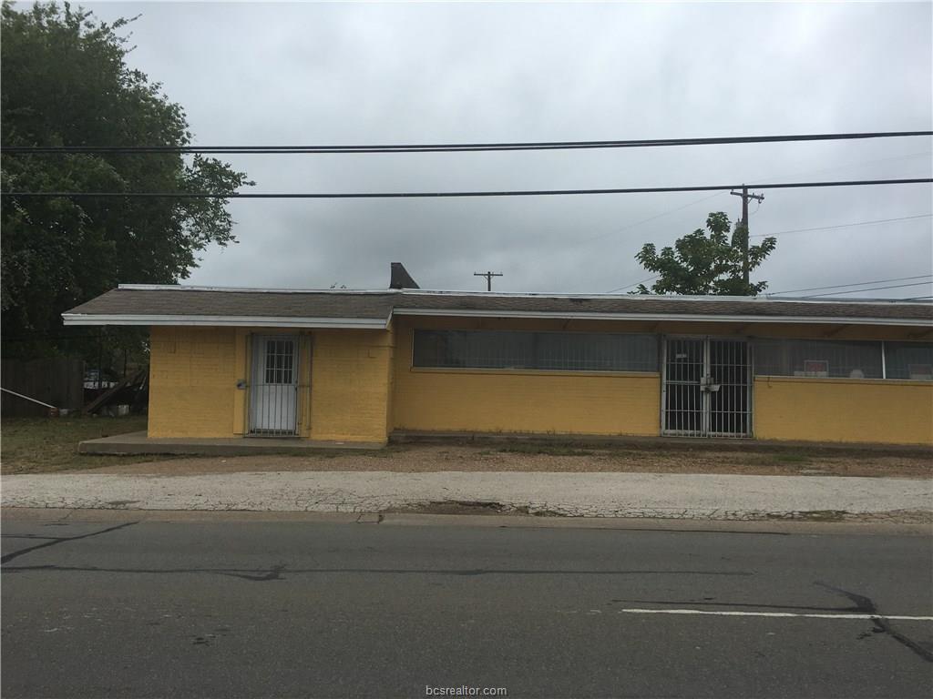 1220 N Texas Avenue, Bryan, TX 77803