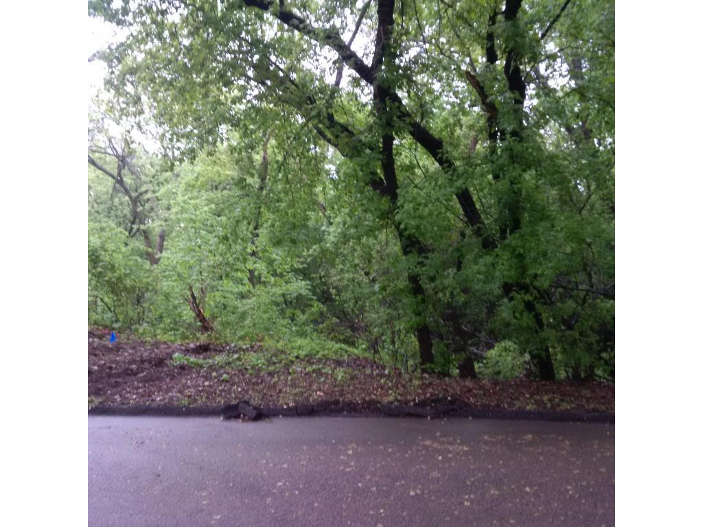 XXX1 Regal Oak, Minnetonka, MN 55305