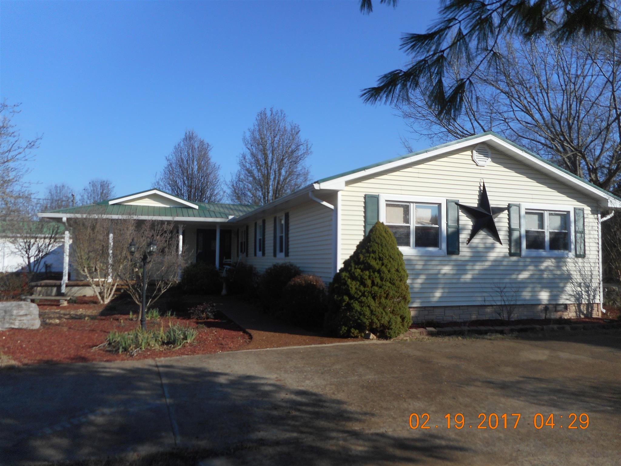 2709 Warner Rd, Lewisburg, TN 37091