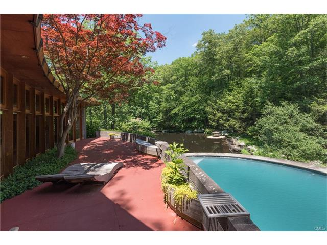 432 Frogtown Road, New Canaan, CT 06840