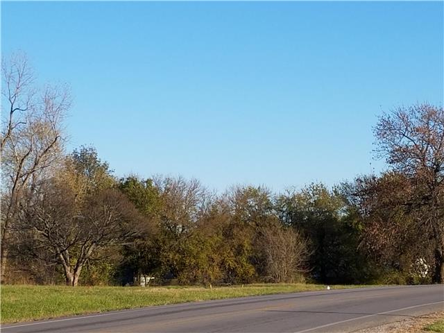 650 S Peculiar Drive, Peculiar, MO 64078