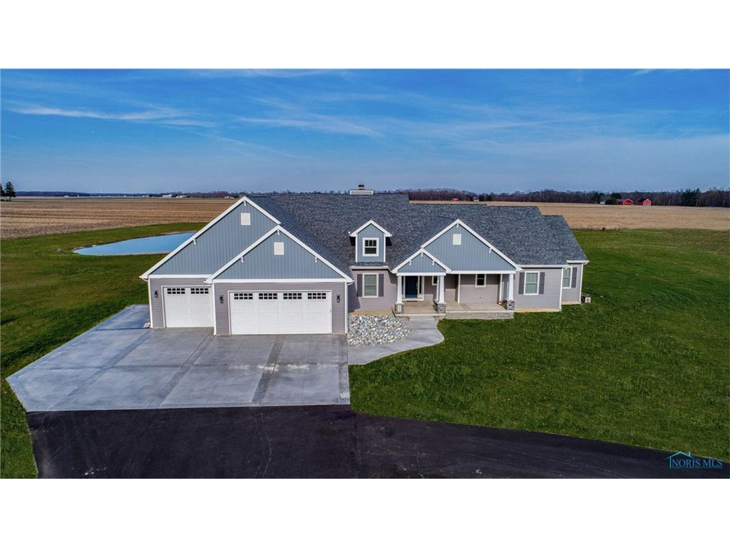 14610 New Rochester Road, Pemberville, OH 43450