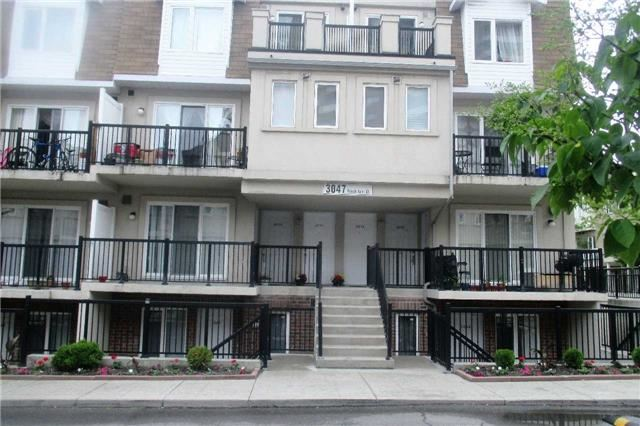 3047 W Finch Ave 2075, Toronto, ON M9M 0A5