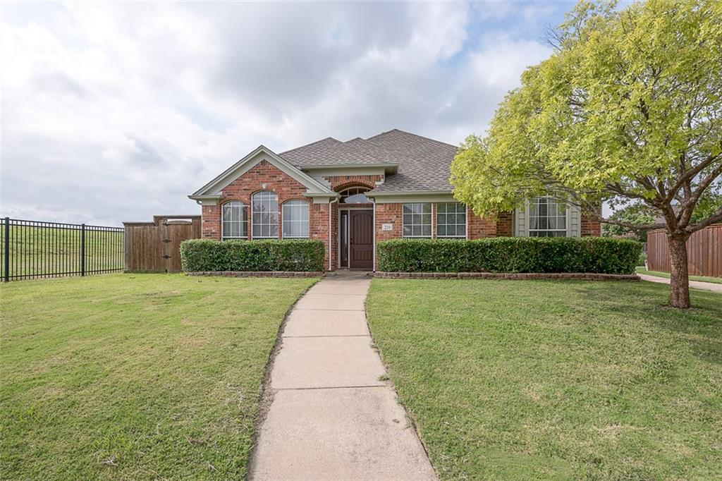 210 Meredith Court, Irving, TX 75063